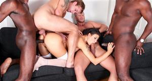 groupsexgames-21-04-27-billie-star-this-milf-wants-more-cock.jpg