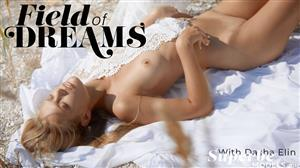 superbemodels-21-01-14-dasha-elin-field-of-dreams.jpg