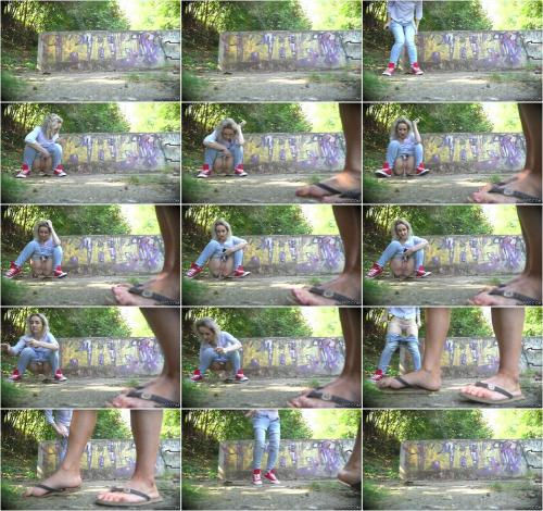 Delia - AllPiss [FullHD 1080P]