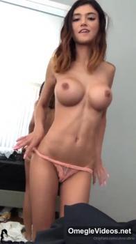 Masturbating for my friend - Omegle Videos