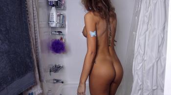 TALIA MINT MASTURBATES IN A DRESSING ROOM - Snapchat Videos