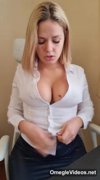 MY FIRST FISTING TRY - Onlyfans Porn