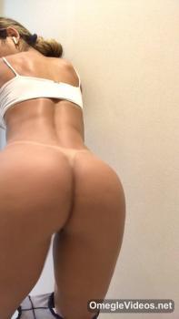 ADORABLE FOXY FASOL AND HER SMALL VIBRATOR - Bigo Live Porn
