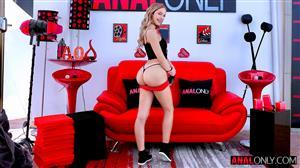 analonly-21-04-20-khloe-kapri.jpg
