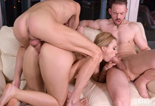 Dominno aka Dominno Rebelde - Cucked MILF Makes A Threesome Tape To Get Back At Her Hubby 1080p