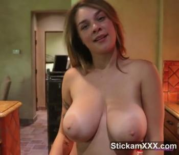 Feet in flip flops play with dildo footjob - Bigo Live Porn