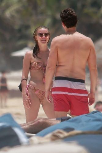 julianne-hough-in-a-patterned-bikini-tulum-04-28-2021-9.jpg
