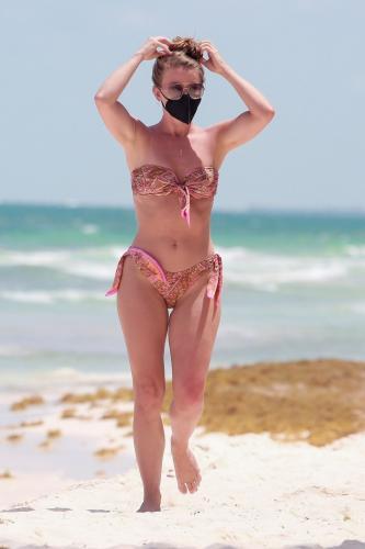 julianne-hough-in-a-patterned-bikini-tulum-04-28-2021-12.jpg