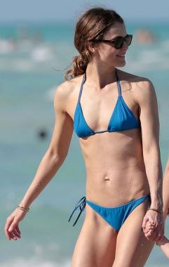 Rietz bikini alexandra Alexandra Daddario